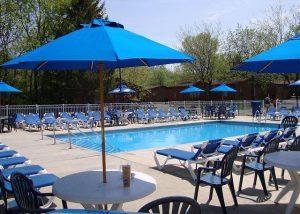 island club community pool