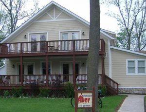 AHOY Inn