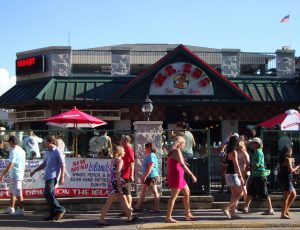 10 Best Restaurants in Put-in-Bay Ohio – #1 Mr. Ed's Bar & Grille