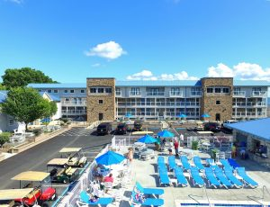 Put-in-Bay Pool View Condos