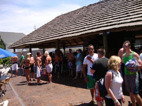 MIST Pool at Commodore Resort